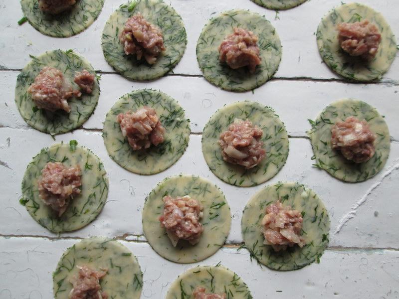 Зелёные пельмени. Рецепт приготовления идеальных пельменей по всем правилам