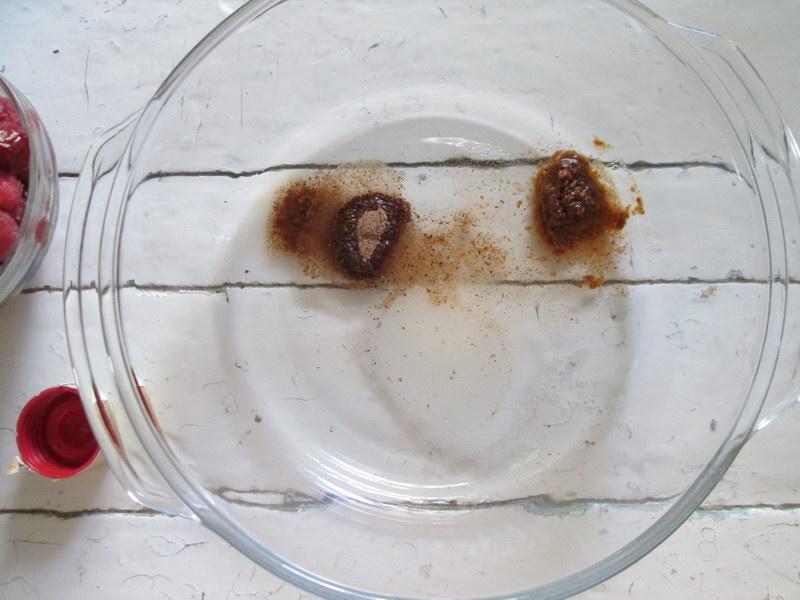 Проверенная домашняя наливка из вишни - сладко и не слишком пьяно