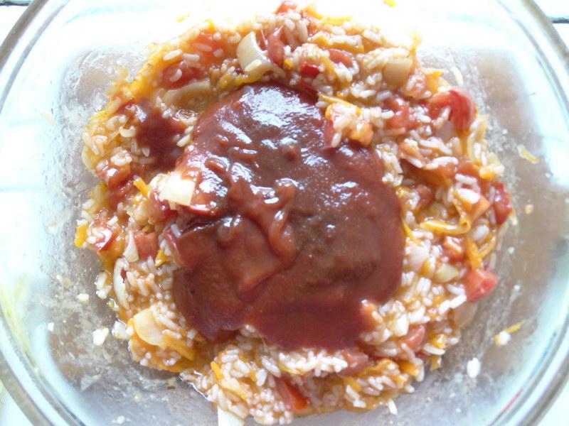 И для консервации, и чтобы сразу поставить на стол – лечо с рисом