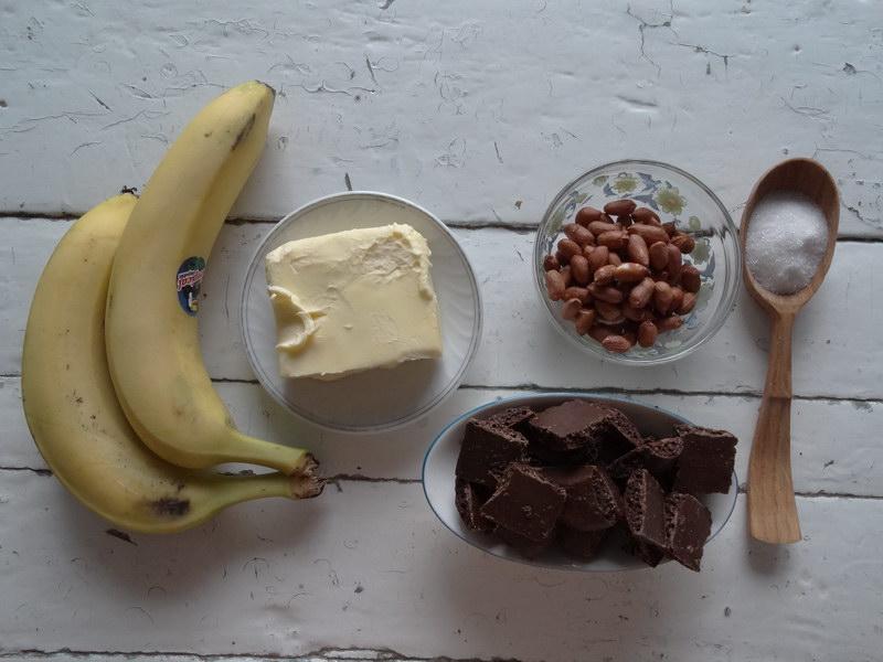Мой идеальный домашний десерт: лёгкий банановый крем под тонкой «обёрткой» из шоколада