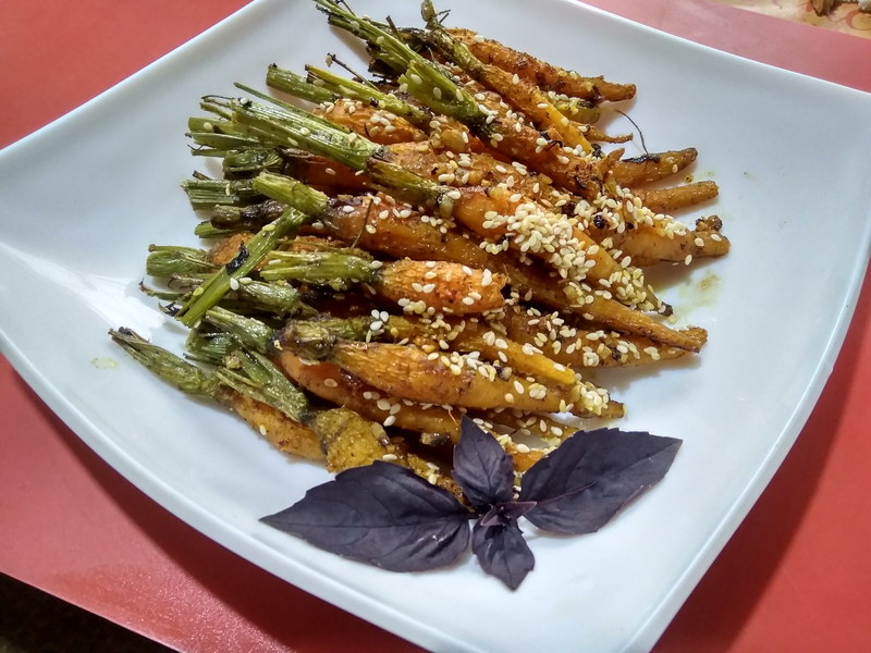 Пряная закуска из морковных брусков