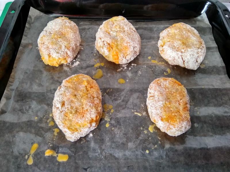 Капустно-морковные котлеты. Рецепт совершенно простой, а вкус превзошёл мои ожидания, уж точно не хуже мясных
