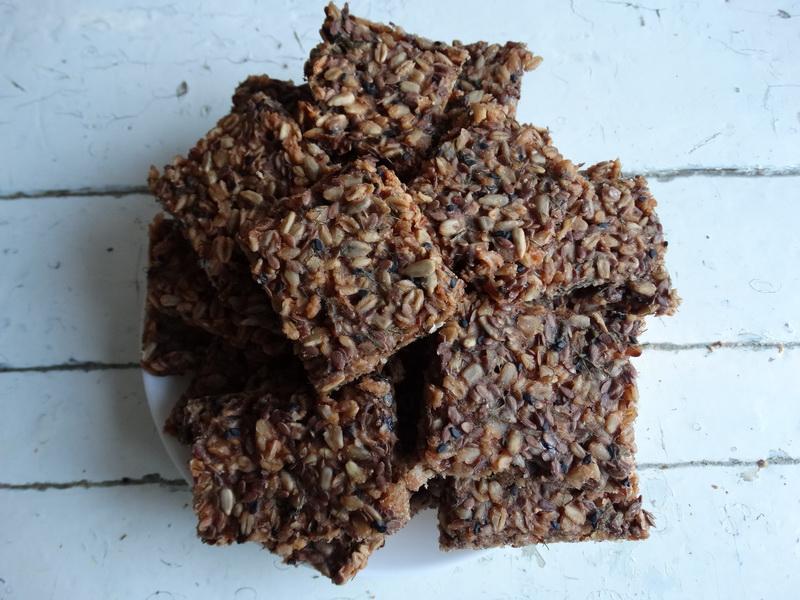Несладкие печеньки «Хрустим» - спасают во время диеты и когда нужно срочно организовать перекус для детской компании