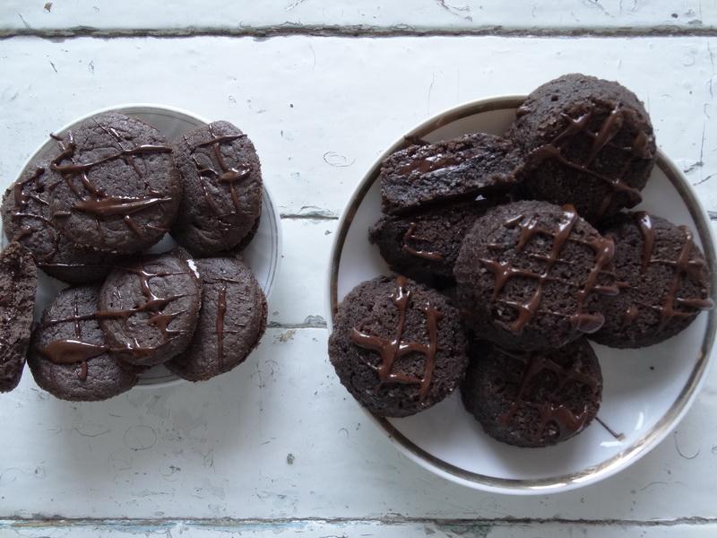 Шоколад в шоколаде шоколадом полито! Или рецепт, как мои говорят: «Самого идеального печенья»