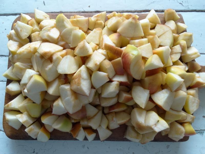 Как можно приготовить десерт «Сыр из яблок». И отличный способ заготовки яблок на зиму, легко храниться до Нового года