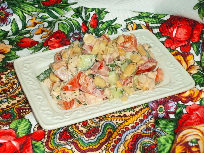 Салат «7 минут» - Приятно удивил вкусовым сочетанием копченой курицы и арахиса