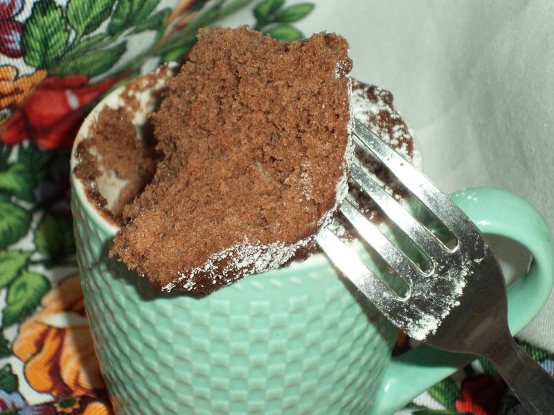 Вкусный шоколадный кекс всего за 5 минут. Чудеса приготовления кекса в микроволновке