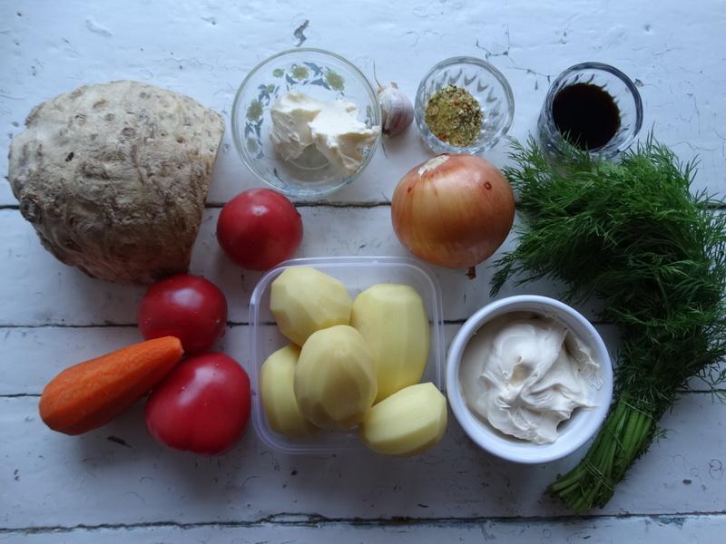 Хороший суп из сельдерея (из корня). Рецепт, как любит моя семья: с картошкой и помидорами