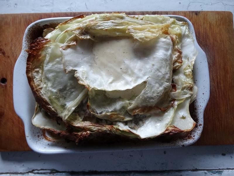 Пирог «Капустная слойка» (тесто - капуста, начинка - мясо)