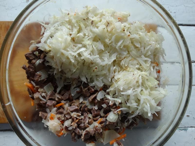 Сочная тушеная капуста (свежая и квашеная) с мясной начинкой. Рецепт «Шукрут». Просто бесподобная вкуснятина