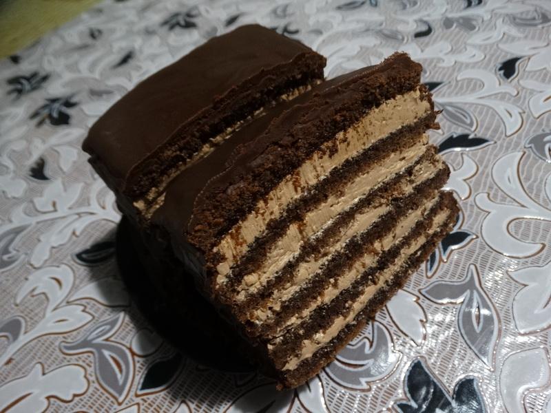 Прага – любимый торт моего мужа. Готовлю по-своему: гораздо быстрее и дешевле