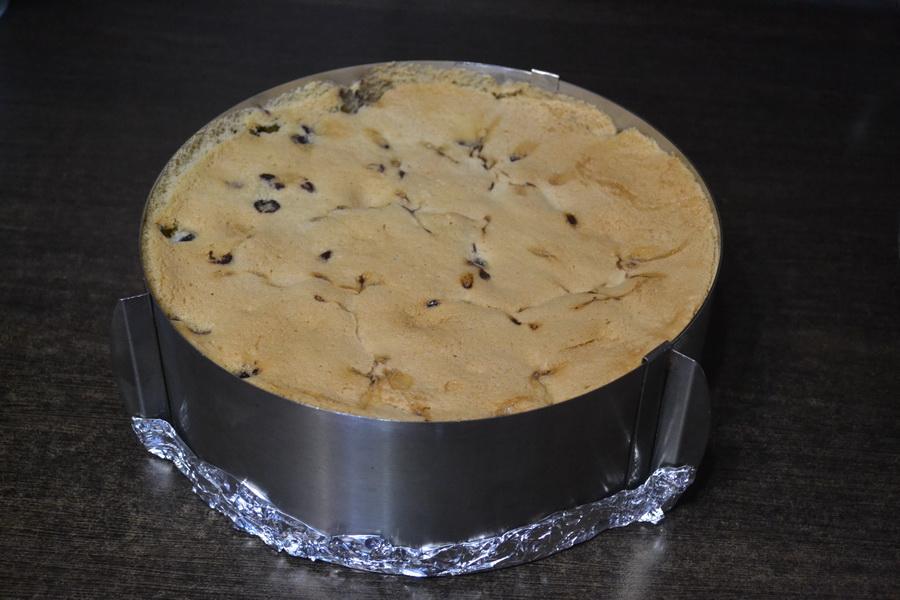 Делюсь рецептом субботнего пирога: «Шарлотка с черникой». Внуки пришли - внуки довольны