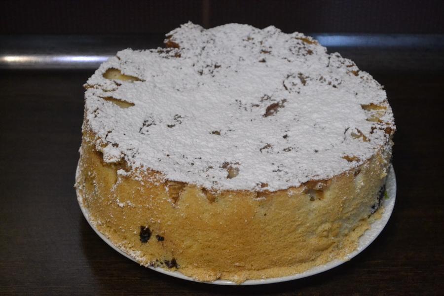 Делюсь рецептом субботнего пирога. «Шарлотка с черникой»