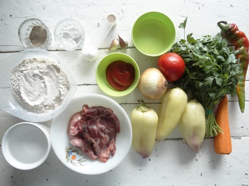 Турецкие лепёшки. В них есть мясо и овощи, много начинки и такое безумно вкусное тесто