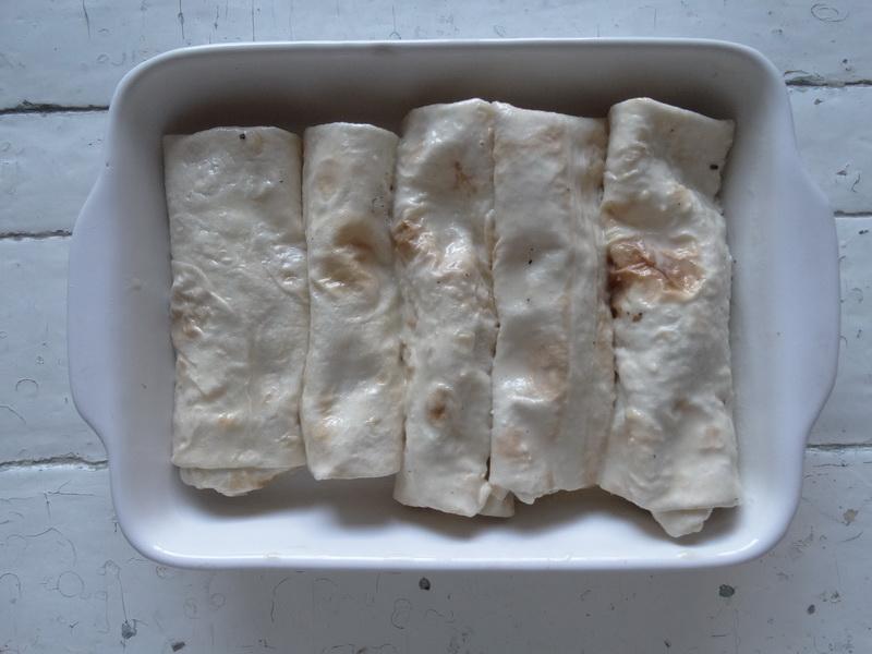 Хрустящие трубочки из лаваша с начинкой из картошки. Быстрая и вкусная закуска на каждый день