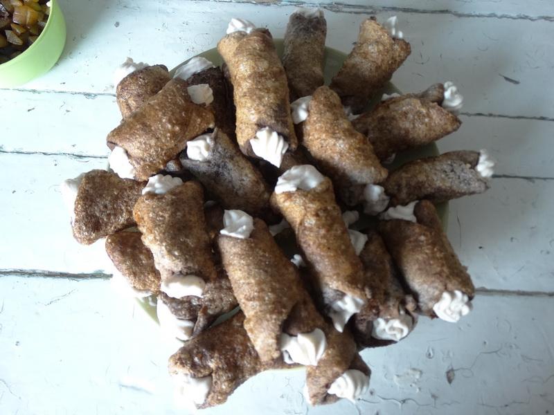 Канолли - вафельные трубочки с обалденной начинкой (без вафельницы)