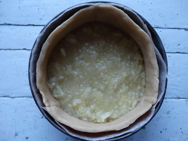 Лимонный пирог - на все 100%. Потрясающе вкусная начинка и абсолютно идеальное тесто