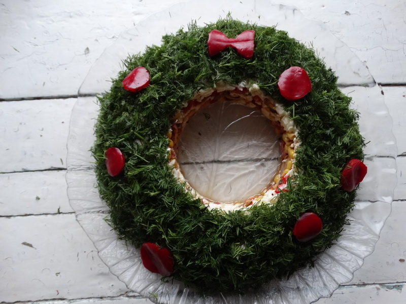 Венок – праздничный салат. Настоящие украшение стола из простых ингредиентов