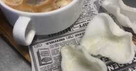 Балую своих доступной экзотикой. Приготовила популярный суп «Том Ям» — всё просто и очень полезно. Делюсь рецептом