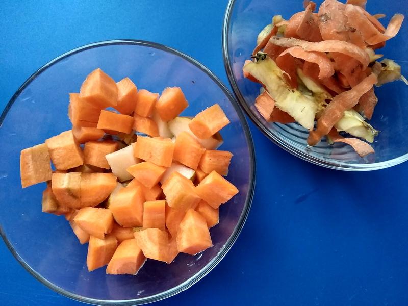 Подсмотрела у современных кондитеров. Яблочно-морковный пирог на потрясающей основе из галетного теста