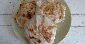 Делаю из лаваша крутое блюдо: «Лепёшки с двойной сочной мясоовощной начинкой»