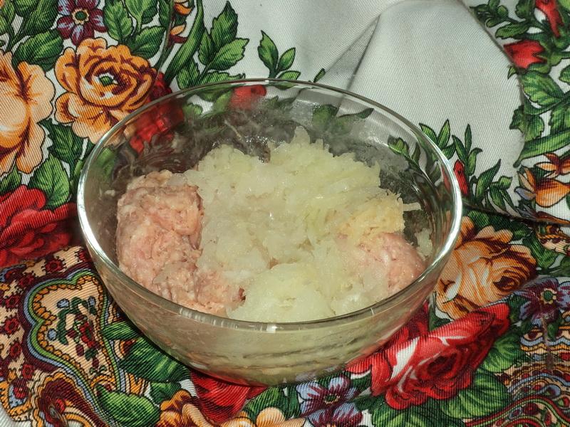 Готовлю сосиски сама, зато на 100% уверена, что из мяса и будет вкусно. Делюсь рецептом