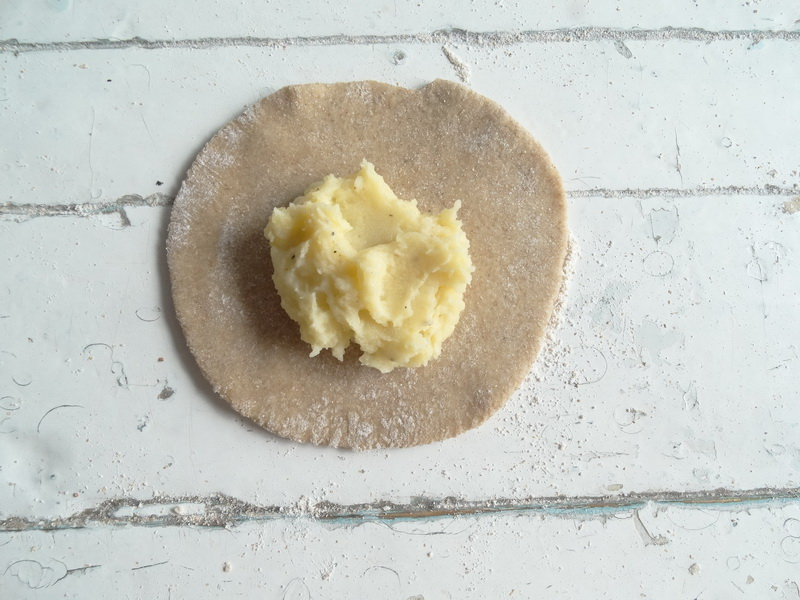Хрустящие «Карельские пирожки с начинкой» из ржаной муки