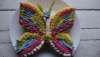 Торт «Бабочка» для детского праздника — простой рецепт на обычном бисквите