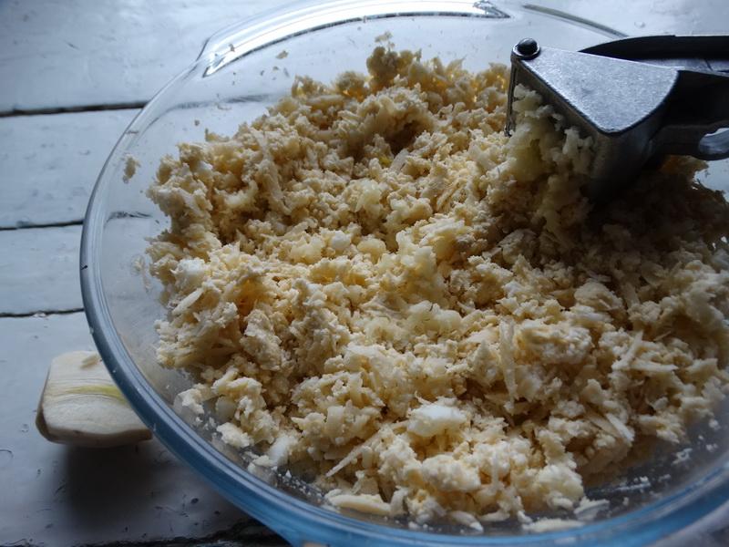 Закуска «Мидии» из чернослива
