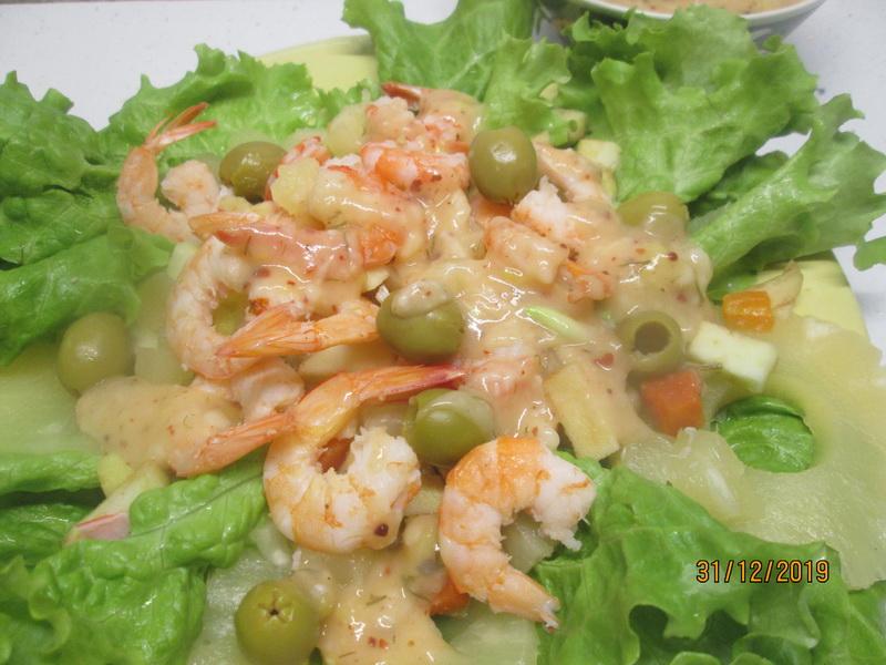 На хороший повод люблю баловать себя и близких изысканным «Тайским салатом». Готовить не сложно и не так уж и дорого