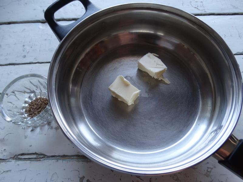 Необычные лепешки из Индии. Пряный вкус, красивый вид, мягкое и пышное тесто. Моим сколько не нажарь съедают все, и мало