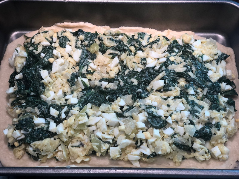 Мой фирменный «Шпинатник», готовлю его как в пироговне и начинки не жалею
