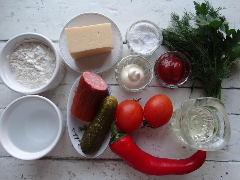Пицца «Микки-маус» - готовила на детский праздник, а форма прижилась: всем по кусочку и без ножа