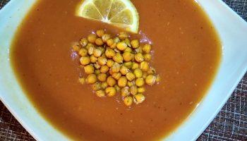 Томатный суп с картофелем – настоящая находка в пост из средиземноморской кухни (без мяса)