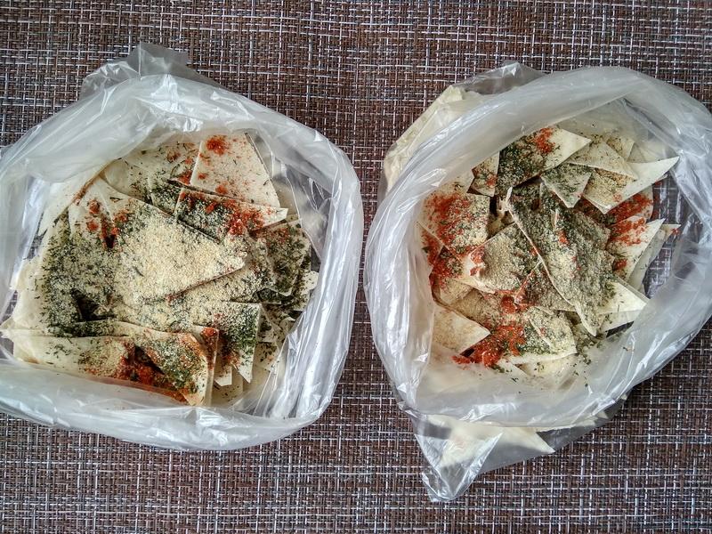 Как я наготовила дома «Чипсы из лаваша» для внуков: вкусно, быстро, много и за копейки