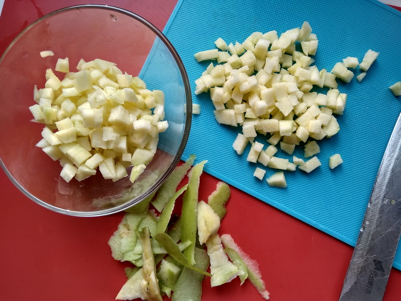На завтрак делаю «Чебуречки с яблоком» нереально вкусные. Мои готовы съесть, хоть целую гору