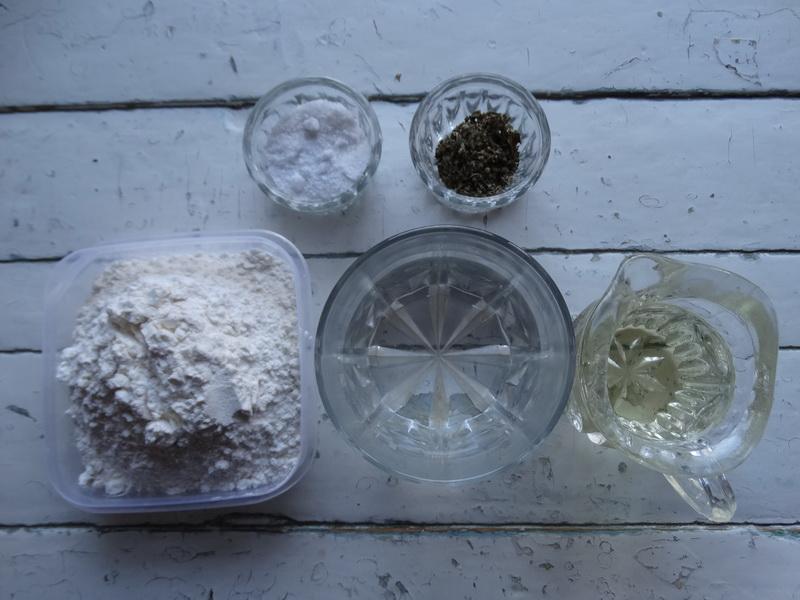 Тортилья. Пряные мексиканской лепёшки на пшеничной муке, готовлю их на шашлыки и просто, как хлеб