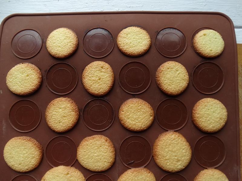 Пеку знаменитое печенье «Савоярди» сама и делаю из него обалденное воздушное пирожное