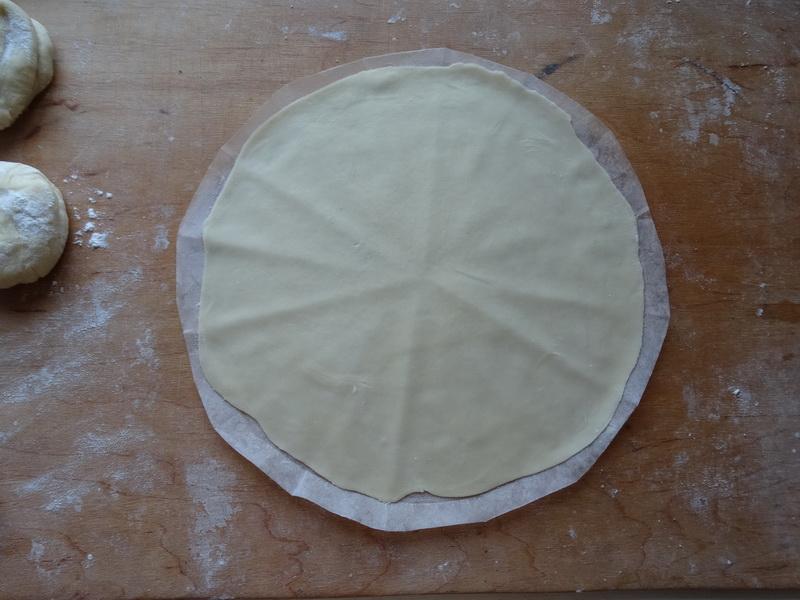 Как я готовлю заготовки основы для пиццы. Сама так делаю и всех знакомых научила и подсадила