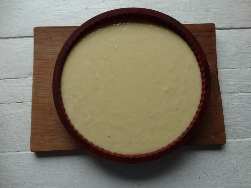 Лимонная вкуснота – простой рецепт пирожного: без крема и лишних калорий. Десерт реально влажный и нежный - тает во рту