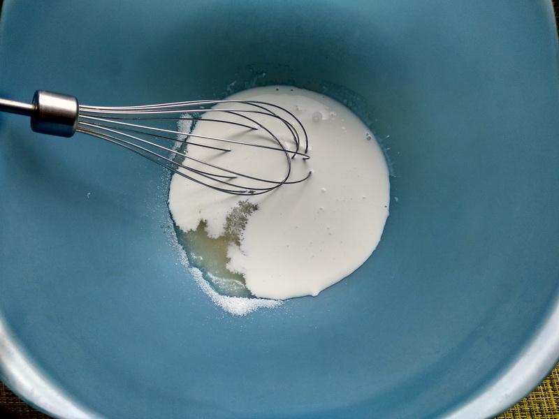 Тортик в стакане с жимолостью. В сезон можно готовить, хоть каждый день – Нереальная вкуснятина