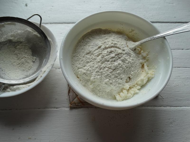 Мука + сахар + масло = вкусное печенье «Шортбред» к чаю без особых усилий