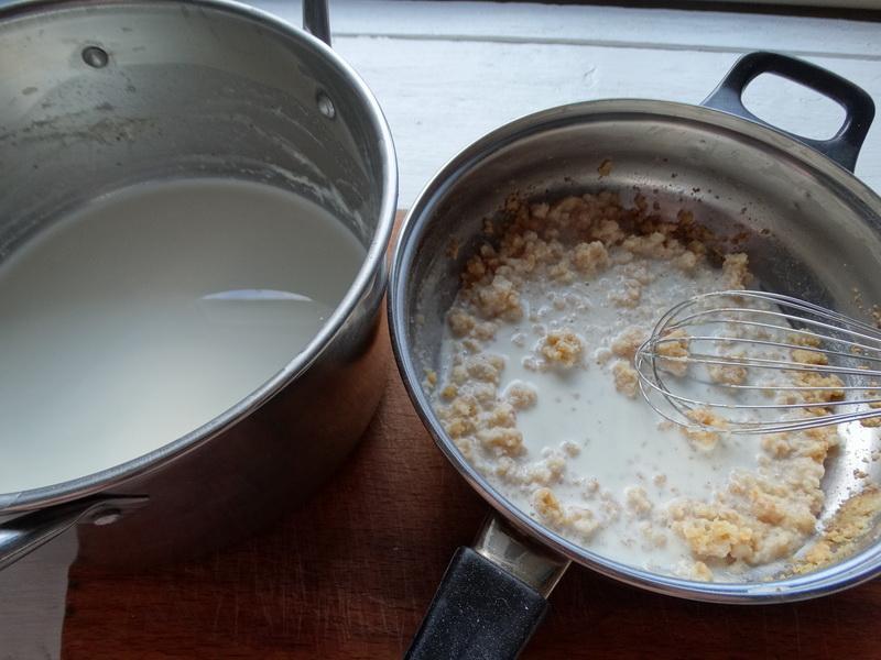 У известного кулинара переняла оригинальный способ приготовить мясо с овощами. Очень сочно и без майонеза