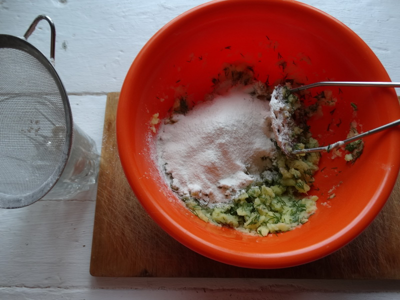Золотые лепёшки «Фарл» из картошки – давно подсадила семью на их безупречный вкус, теперь к борщу обязательны
