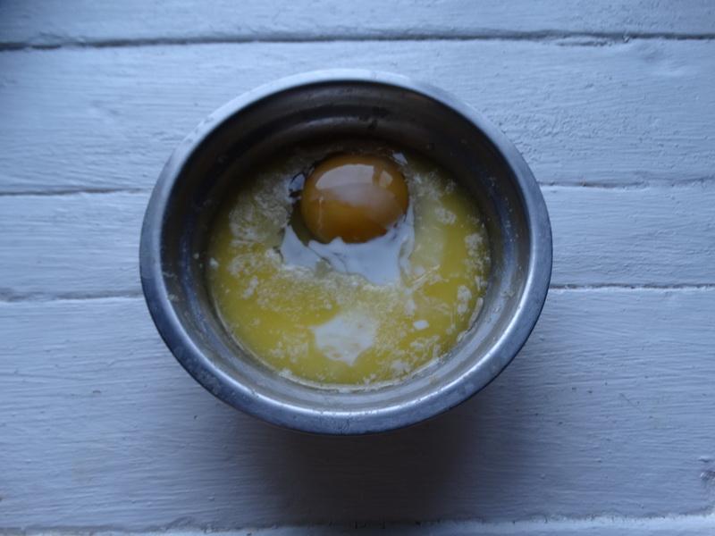 Горячие рулетики из лаваша (рецепт нашла ещё во времена, когда о лаваше слышали только те, кто бывал на Кавказе)