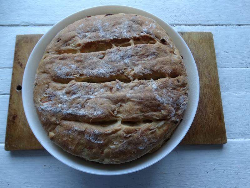 Безумно вкусный «Луковый хлеб» - муж очень любит его ароматный вкус, с холодником уминает за один присест