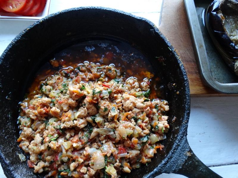 Баклажаны по-турецки – блюдо просто улёт (муж готов есть его хоть каждый день)