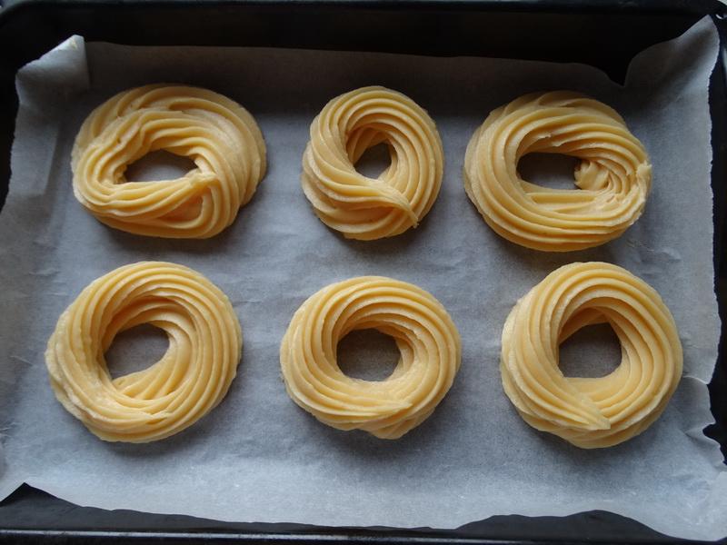 Улётные творожные кольца (хрупкое тесто + плотный крем) - рецепт, которому я научилась у известного кондитера Александра Селезнева