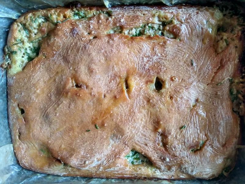 С печенью минтая делаю пирог. Обалденно вкусно. Удивляю гостей деликатесом, не только на бутербродиках
