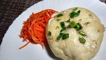 Хочу поделиться рецептом «Вьетнамских пирожков с мясом и капустой». Готовлю их вместо жареных — очень здоровая еда